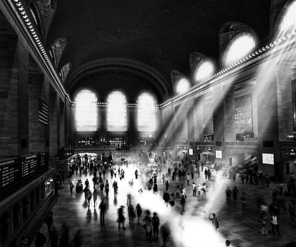 light-grand-central-station-black-and-white-vintage-vanheijst.jpg