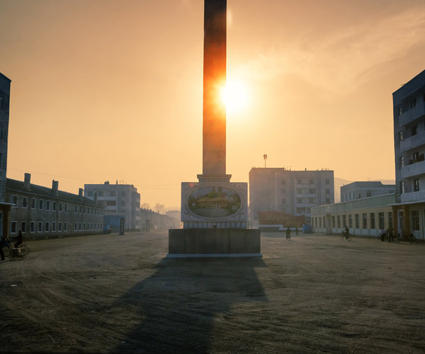 north-korea-dprk-hamhung-street-view-empty-afternoon-vanheijst.jpg