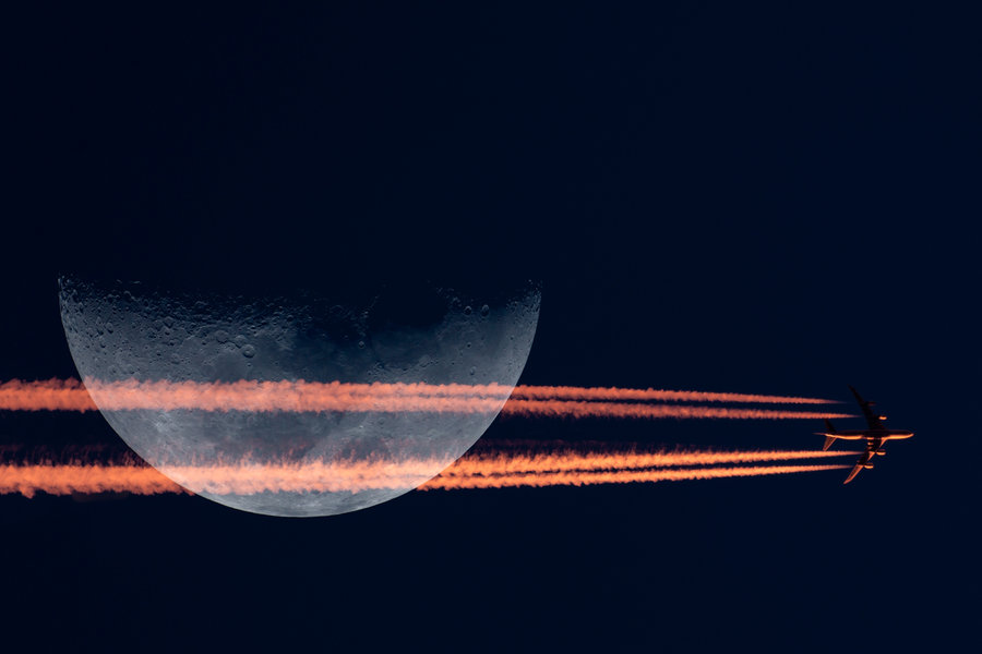 10-moon-crossing-contrail-747-sunset.jpg