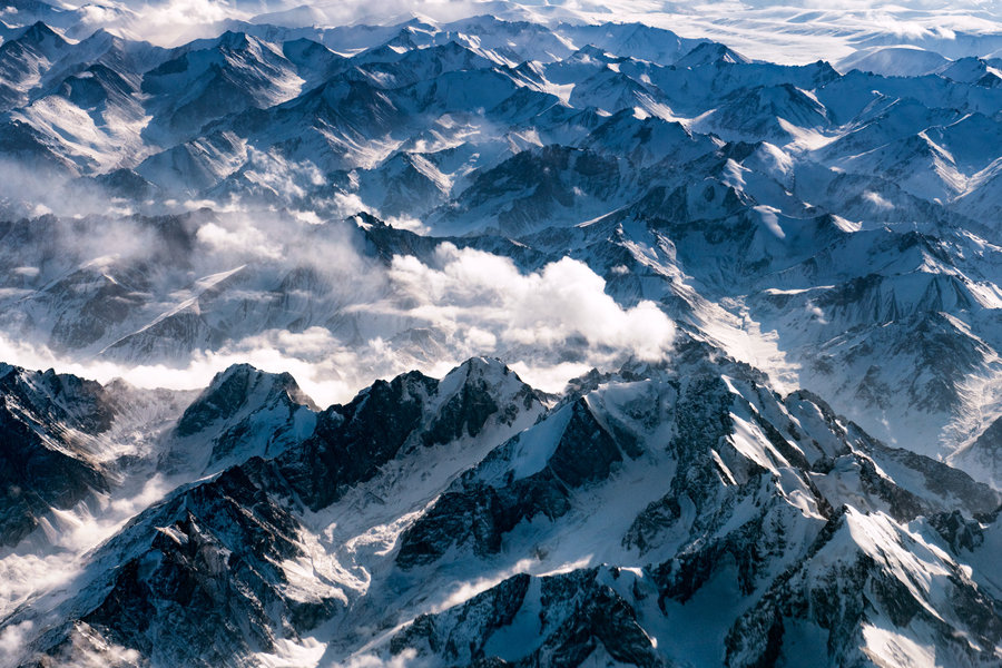 1-himalaya-mountains-winter-snow-landscape.jpg